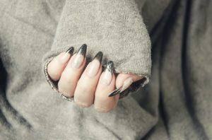 akrylowe paznokcie