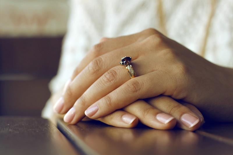 Manicure japoński: Co to jest i dlaczego każda kobieta go potrzebuje